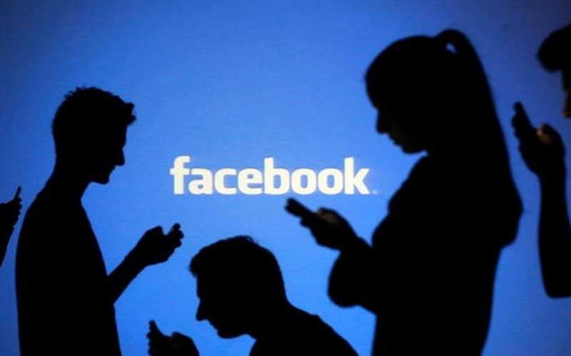Facebook adds 'blackface' to banned posts