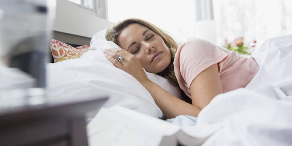 WOMAN-SLEEPING-ON-SIDE
