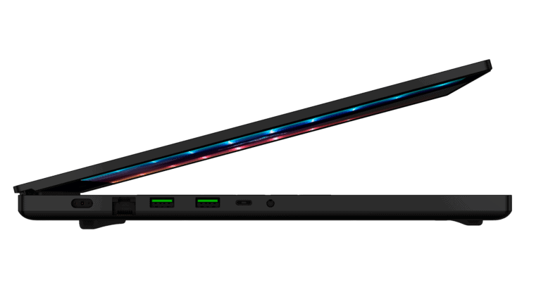 Blade 17 [2021] UHD Render (8)